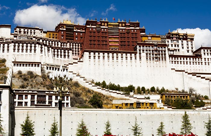 China Amazing Lhasa & Yangtze River Cruise 17 Days Tour