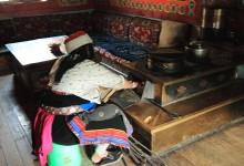 Tibetan Family Visit