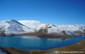 Tibet Yamdrok Lake 2