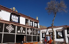 Dolma Lhakhang Temple2