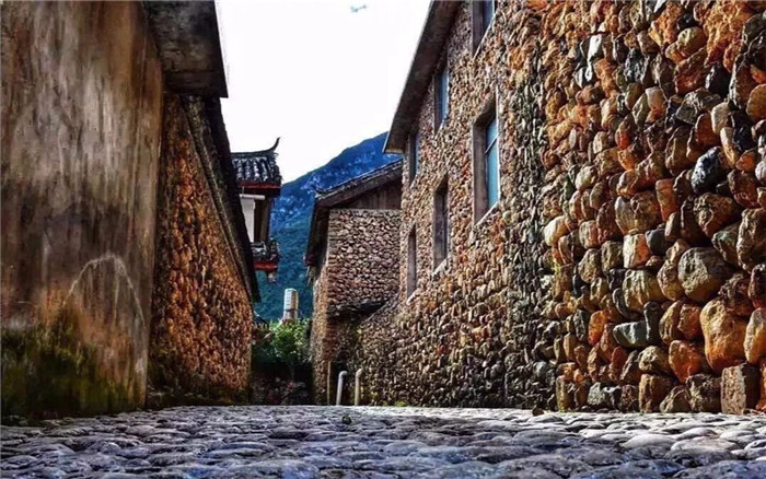 1 Day Tour to Yuhu Village from Lijiang