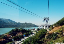 Travel Hong Kong Island By Cable Car