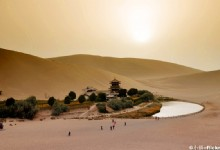 Dunhuang's Secret Oasis - Crescent Lake