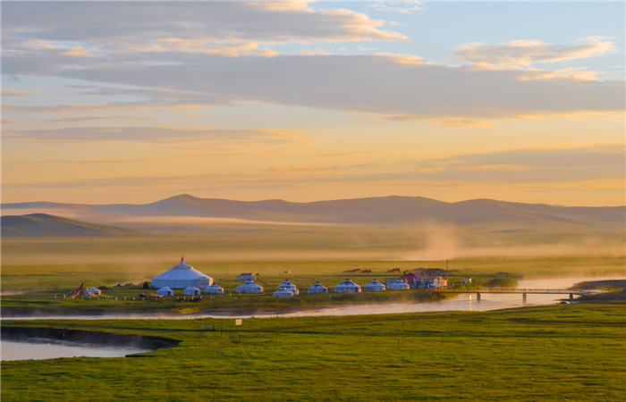 Take a Trip to the Deserts of Inner Mongolia