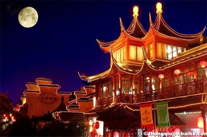 How Do Chinese People Celebrate Mid-autumn Festival