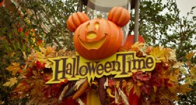 "Hong Kong Disneyland Wicked ""Halloween Time"" Starts"