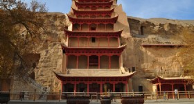 "Travel from Urumqi to Dunhuang with ""Meet in Dunhuang"" Tourist Train!"