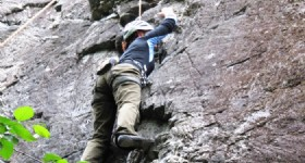 Rock Climbing Masters Tournament Held in Guangxi