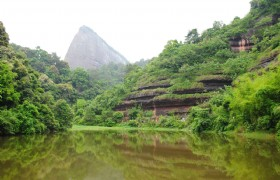 Mount Danxia & Guangzhou Train Tour