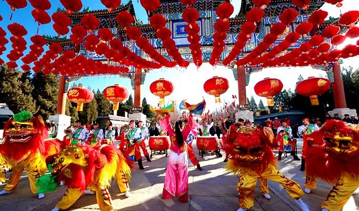 Beijing's Temple Fair