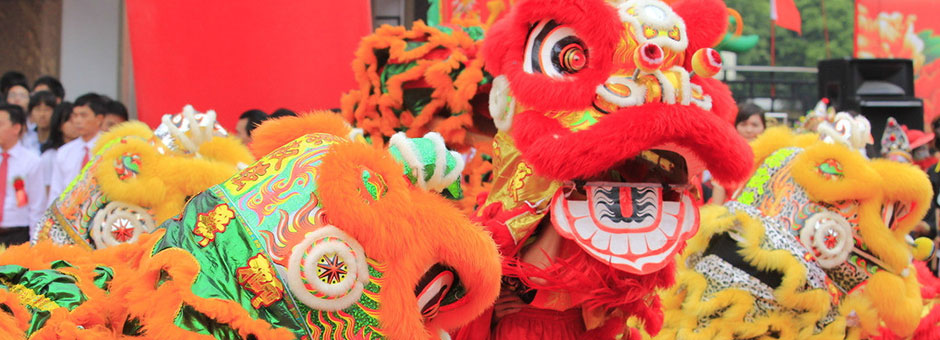 Enjoy the Traditional Cultural Activities During Chinese New Year!