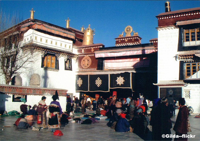 the Jokhang Temple2.jpg