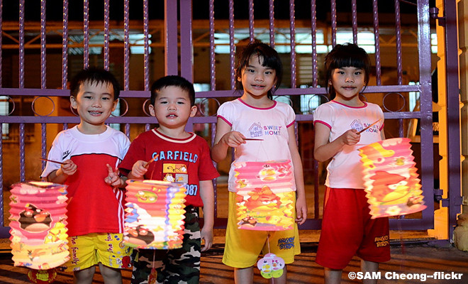 Children-Lanterns.jpg
